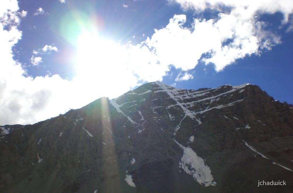 Stok Kangri 6153m with sun shinning by jchadwick
