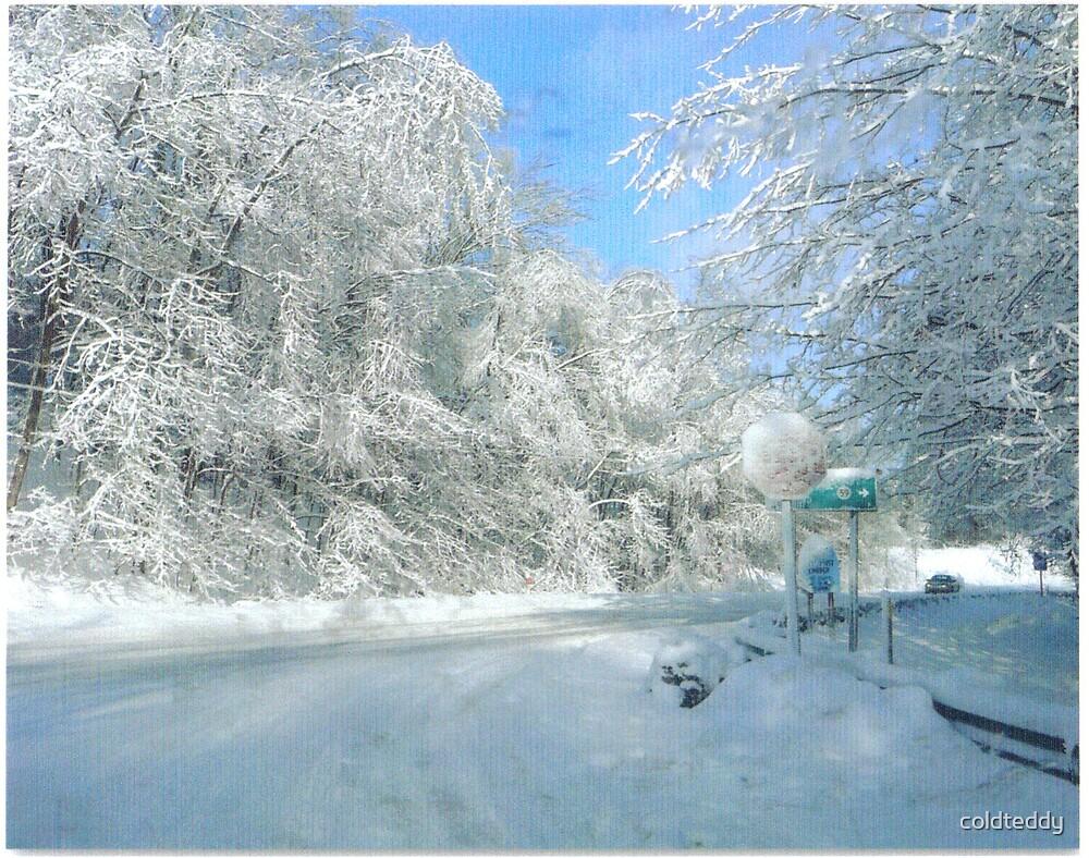 Winter wonderland in Tunnelton WV by coldteddy