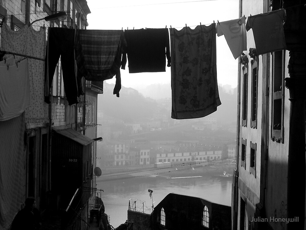 Rio Douro (Porto) by Julian Honeywill