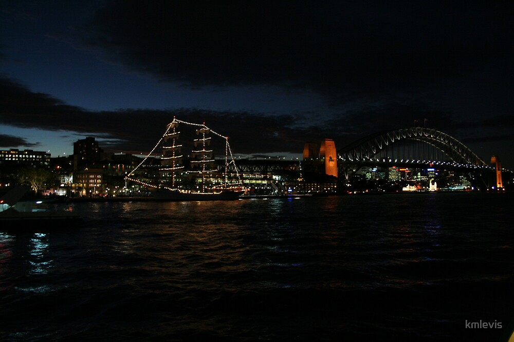 The Sydney Harbour bridge by kmlevis