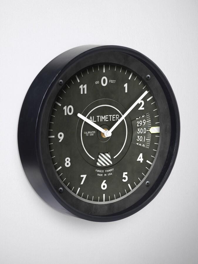 Alternate view of Altimeter Pilot Airplane Clock Clock
