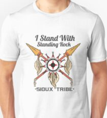 I STAND WITH STANDING ROCK - SIOUX TRIBE Unisex T-Shirt