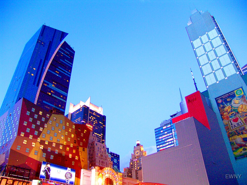 Times Square-1403 by EWNY
