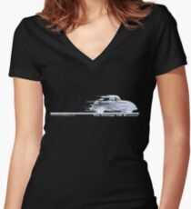 Classic VW BuGs Speedy Beetle The Vintage VW Movement Women's Fitted V-Neck T-Shirt
