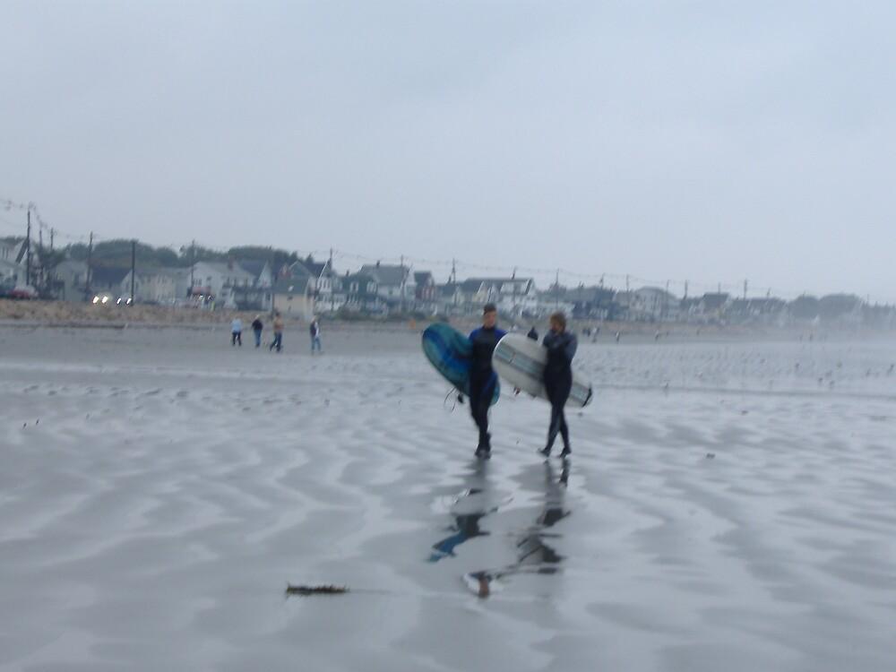 Surfers by bonejakon