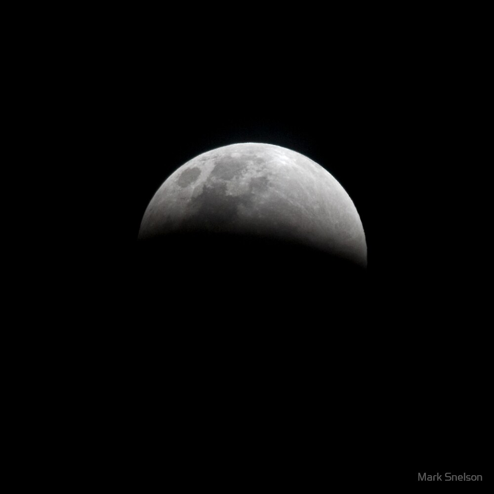 Lunar Eclipse 1 by Mark Snelson