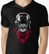 Adventurer Cat Men's V-Neck T-Shirt