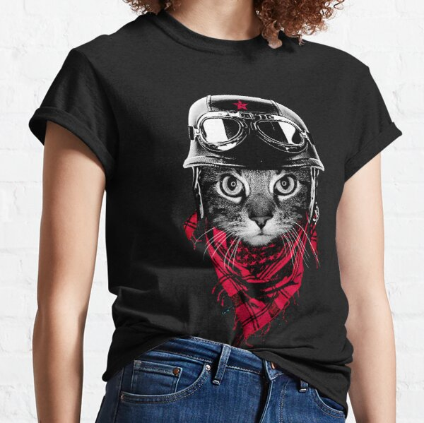 Adventurer Cat Classic T-Shirt