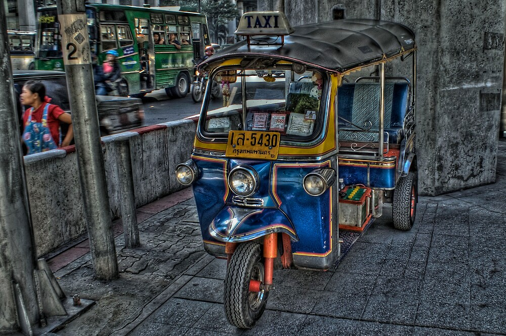 Tuk Tuk by j0hnw00ds