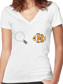 Finding Nemo Emoji Graphic Women's Fitted V-Neck T-Shirt