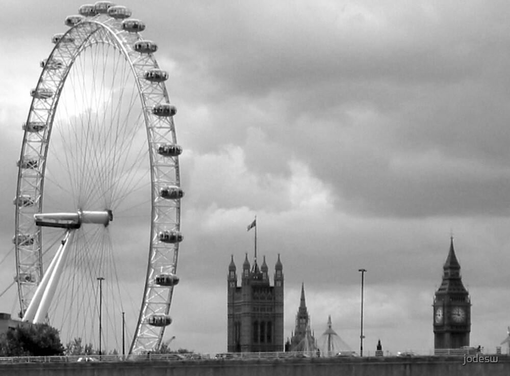 Olde and new London by Jodi Webb
