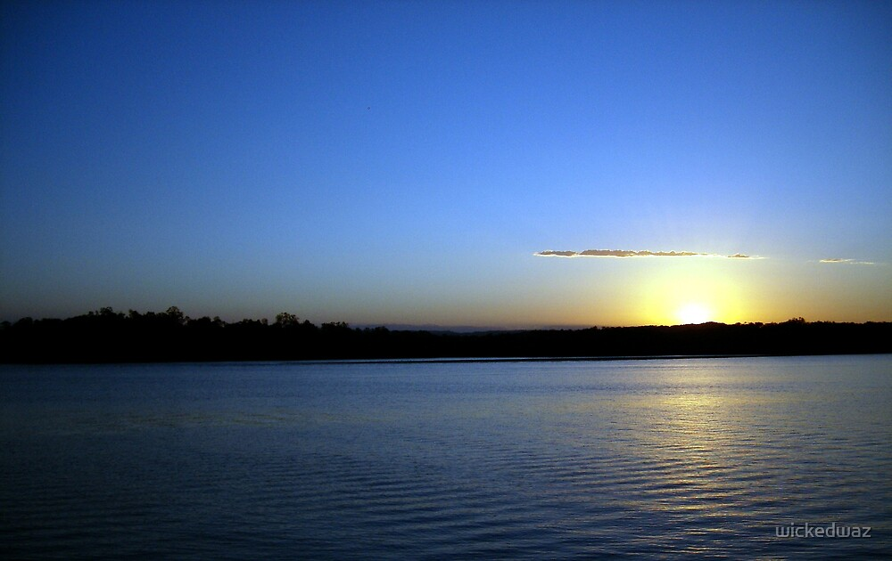 Maroochy Sunset Angle by wickedwaz