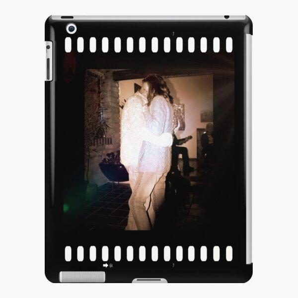 Closeness iPad Snap Case