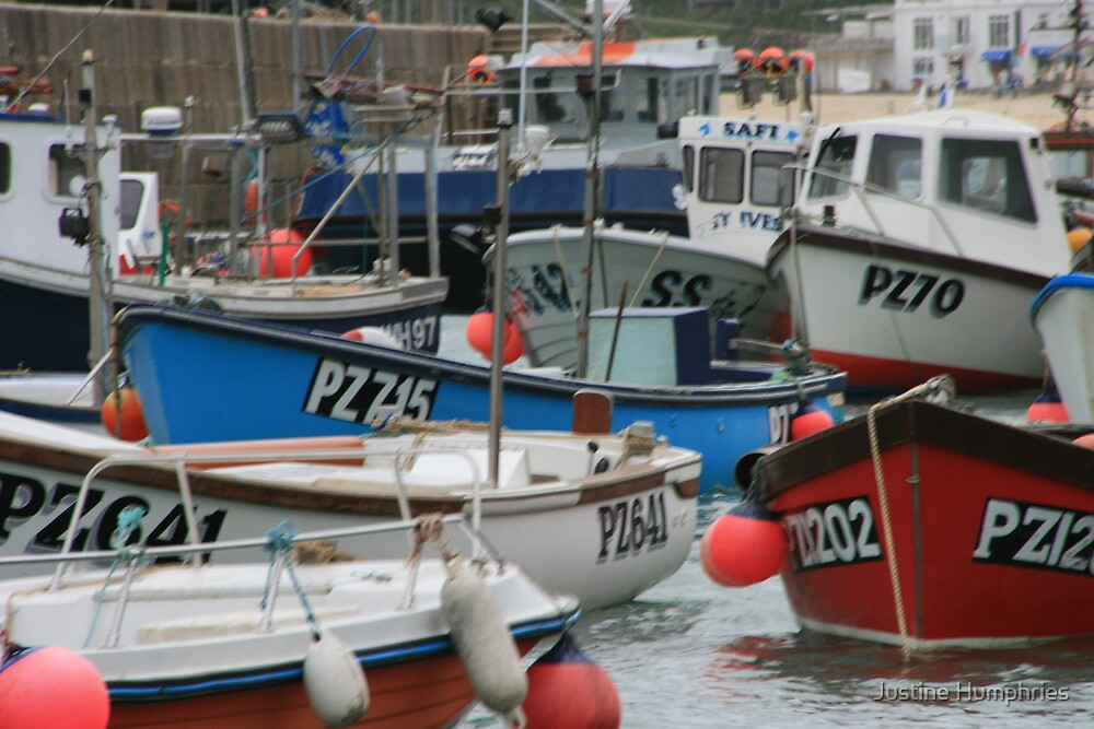 St Ives Harbour by Justine Humphries