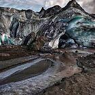 Sólheimajökulsvegur by Claire Walsh