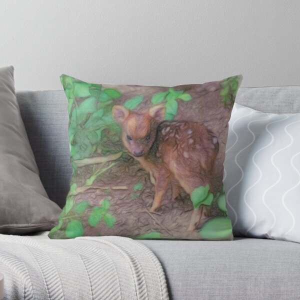 Cucciolo Dolcioso Throw Pillow
