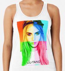 Camiseta con espalda nadadora Retrato de lápiz Cara Delevingne 3