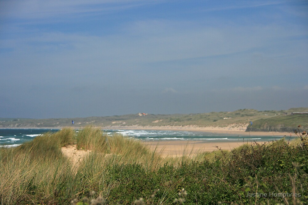 Porth Kidney Sands IV by Justine Humphries