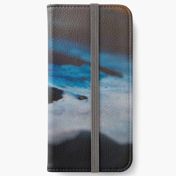 Shadows iPhone Wallet