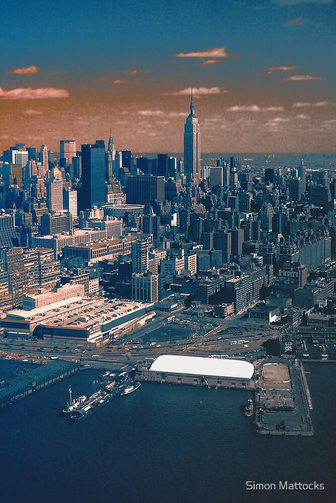 Empire State Building by Simon  Mattocks