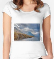 Wastwater Lake District Women's Fitted Scoop T-Shirt