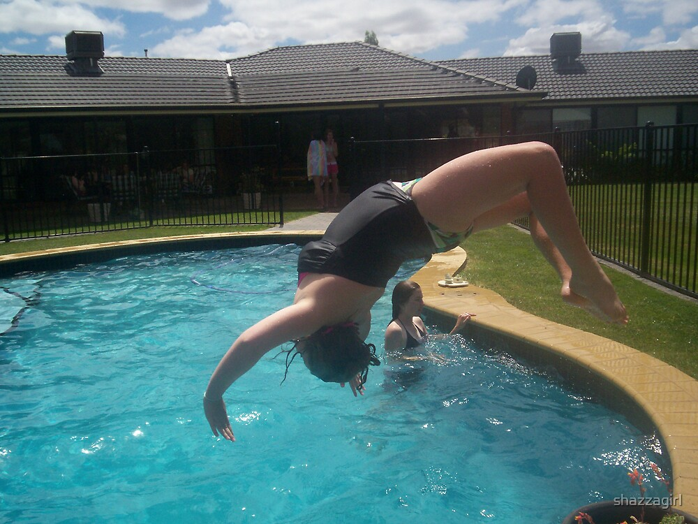 water handstand by shazzagirl
