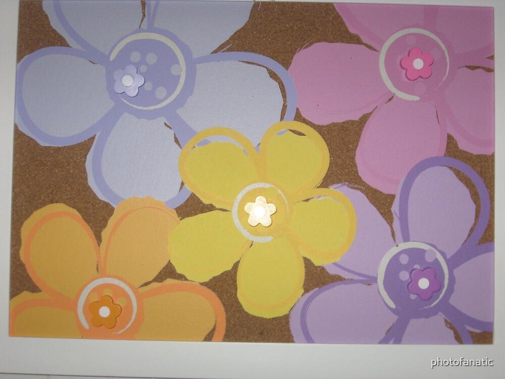 flower design on bulletin board by photofanatic