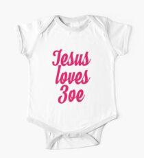 Jesus loves Zoe One Piece - Short Sleeve