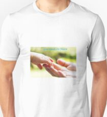 Give Hands for Peace. Unisex T-Shirt