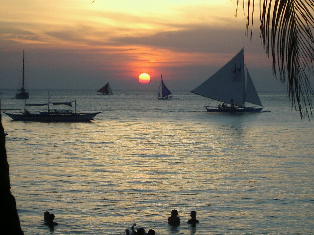 Boats at Boracay (sunset) by StephenH