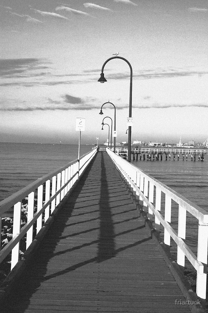 Pier in Port Melbourne by friartuck