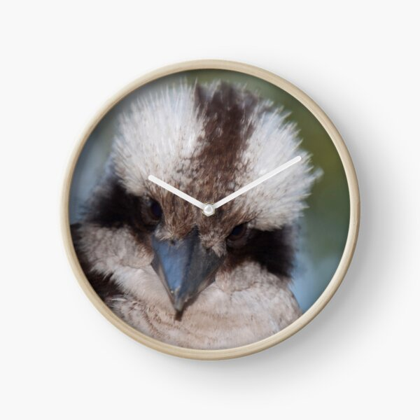 Who you look'in at? Clock