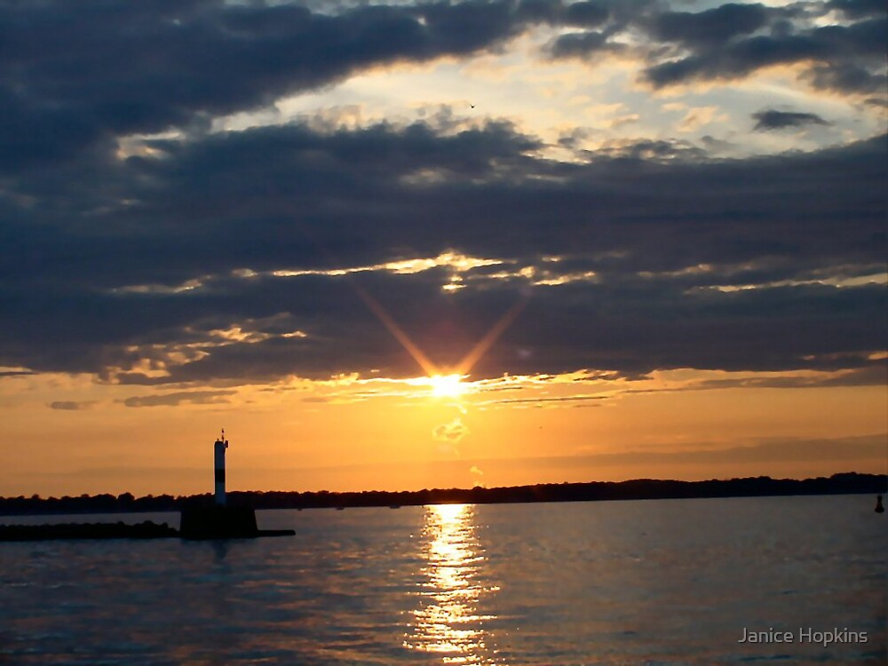 Lake Erie Sunset by Janice Hopkins