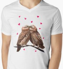 Lovely owls Men's V-Neck T-Shirt