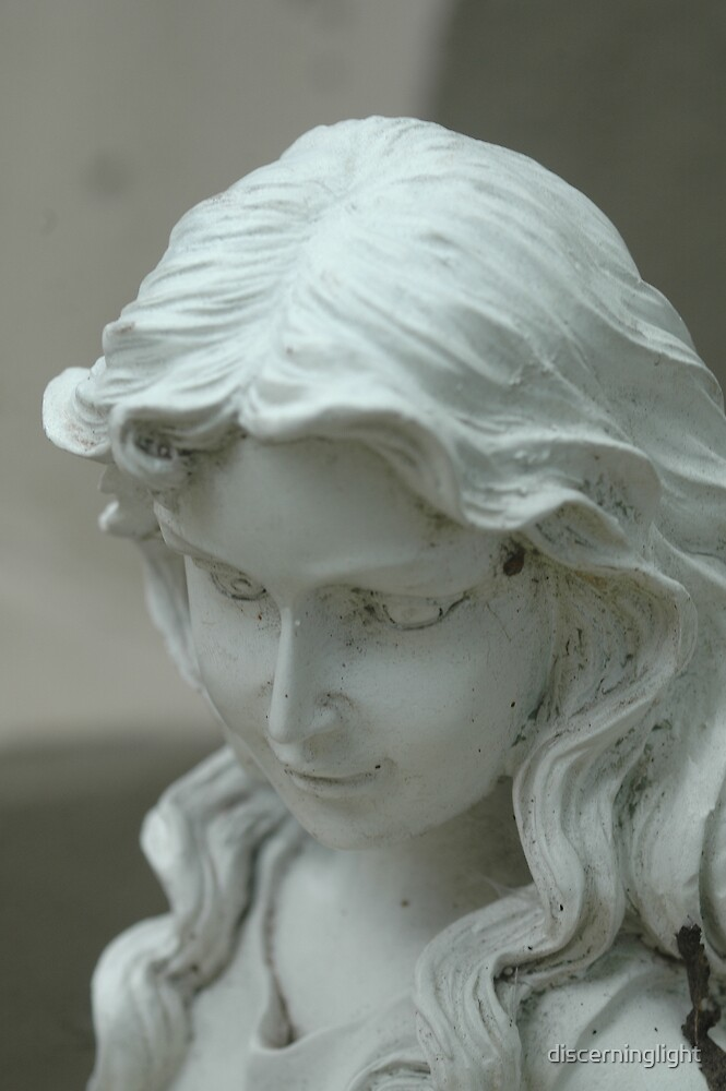 Guardian Angel by discerninglight