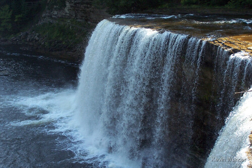 Lower Tahquamenon Falls by Kevin Wunder