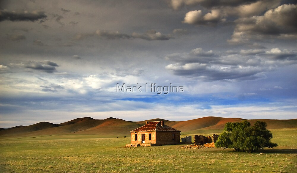 Outback Ruin by Mark Higgins