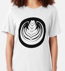 Latte Art Tulip (cercle noir series) Slim Fit T-Shirt