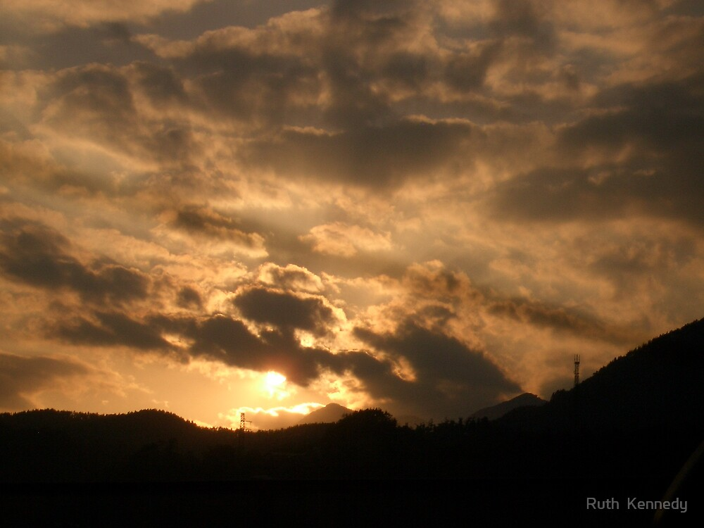 cloudy sunset by Ruth  Kennedy