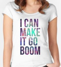 THE 100 RAVEN REYES BOOM QUOTE  Women's Fitted Scoop T-Shirt