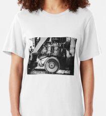 IRON GIANT Slim Fit T-Shirt