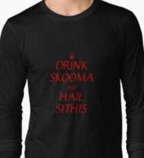 Skyrim drink skooma and hail sithis T-Shirt