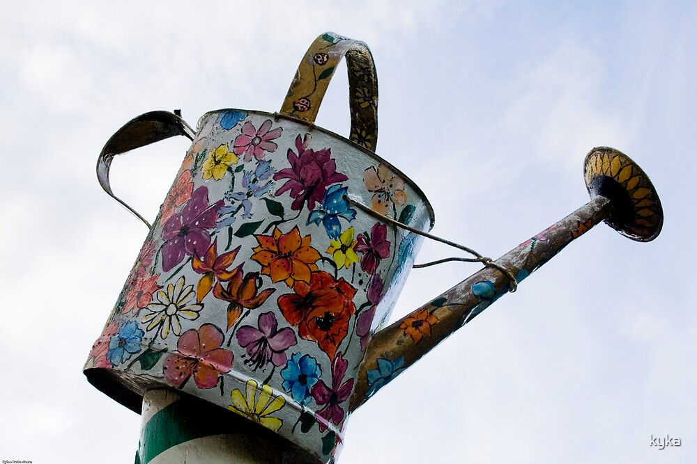 Watering can by kyka