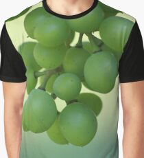 Love grapes Graphic T-Shirt
