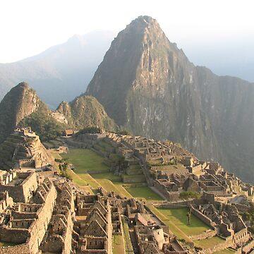 Machu Picchu by Rhona