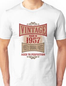Vintage Made In 1957 Retro Birthday Gift Unisex T-Shirt