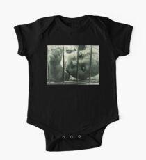 Body de manga corta para bebé Muñeca espeluznante en una jaula