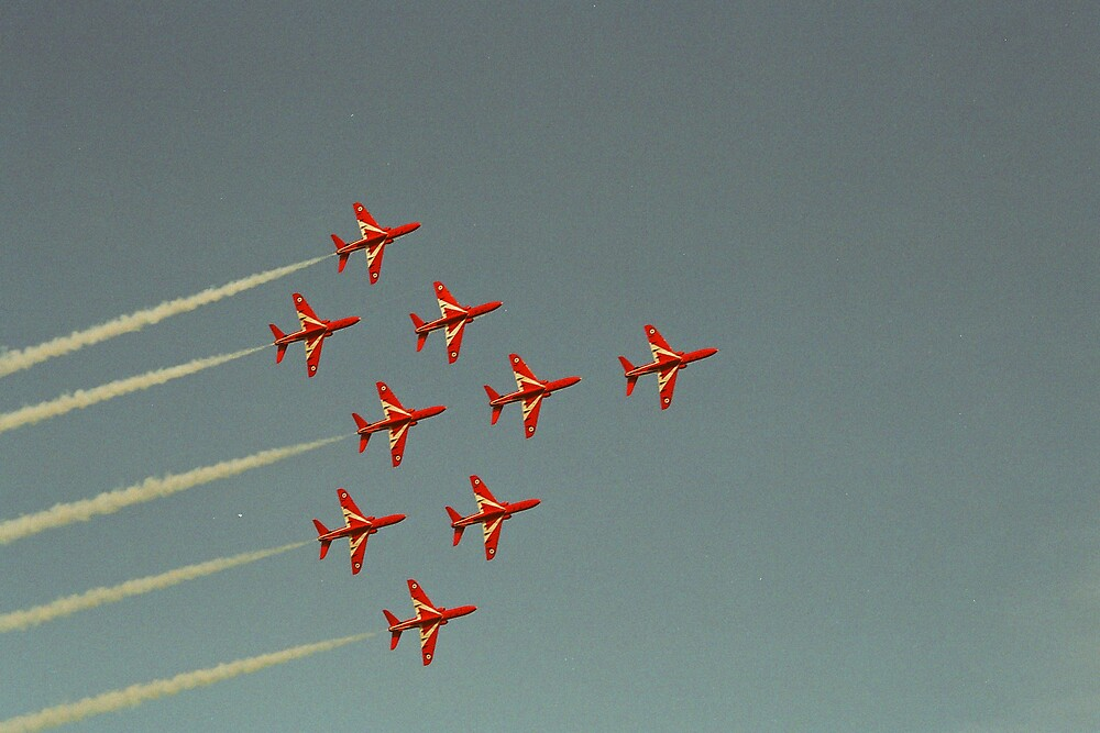 red arrows by calipix