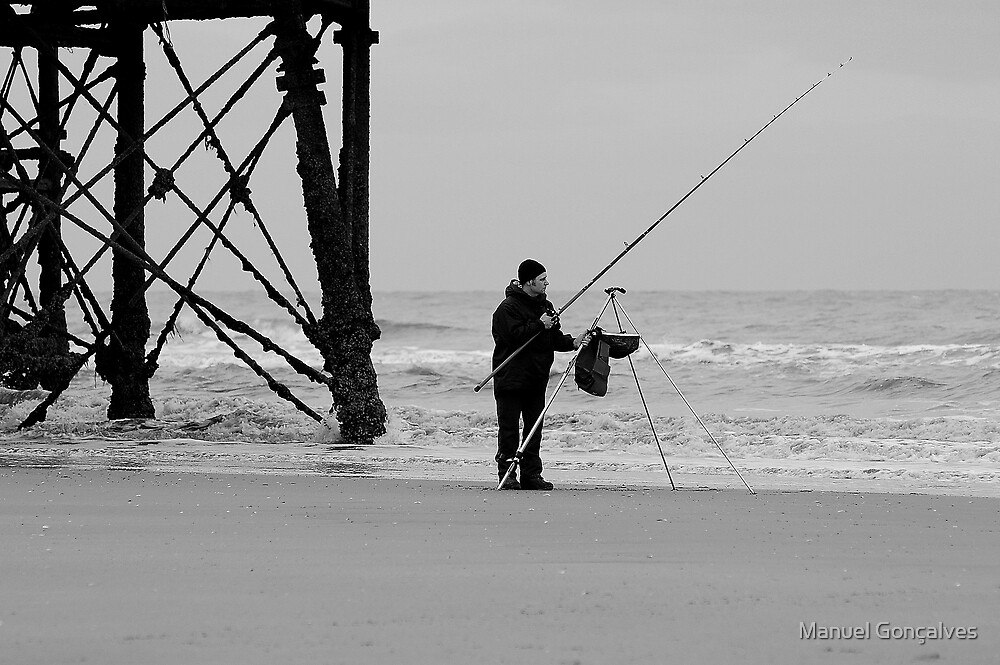 The fisherman by Manuel Gonçalves