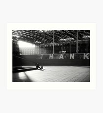 n°313: Street photography black and white, wait at the station Art Print